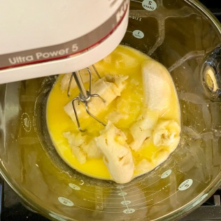Combine eggs, butter, bananas and vanilla.